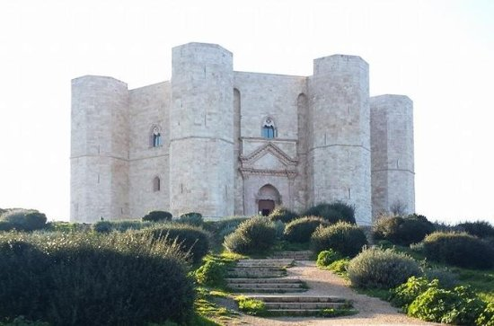 Castles of Puglia Day Trip from Bari