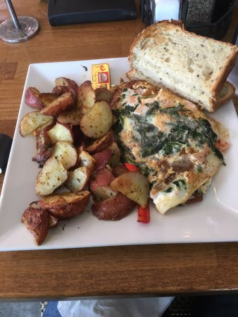 Seal Beach, CA: Fitness Omelette - great as always