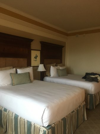 Omni Barton Creek Resort & Spa: Omni BC was a quiet & pleasant stay with the family. Room was spacious and updated.Overall, it w