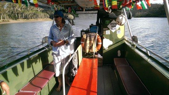 Pambula, Australien: The Captain at Work