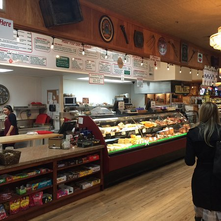 Williams, CA: Cheese and meat selections