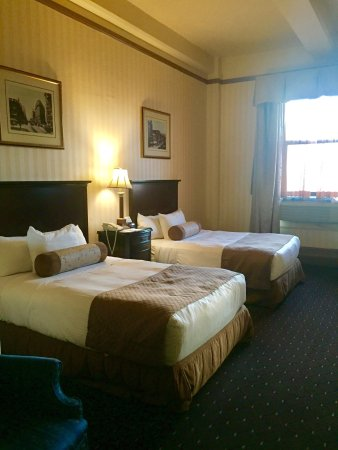 Hotel Whitcomb: Beautiful rooms.