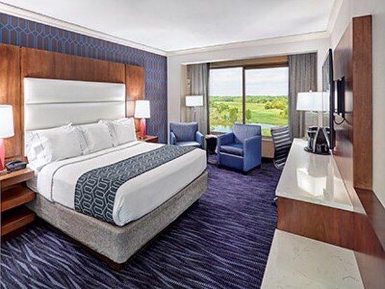 Mystic Lake Casino Hotel: photo2.jpg