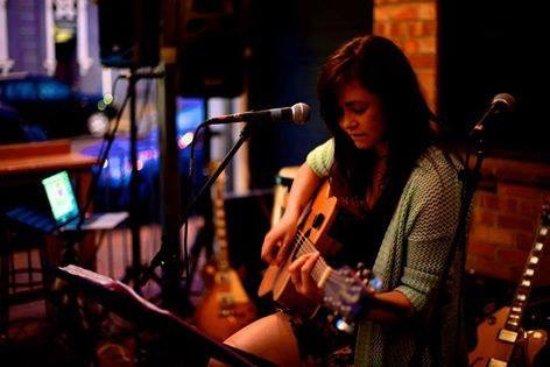 Devonport, New Zealand: Bianca Pedrotti live