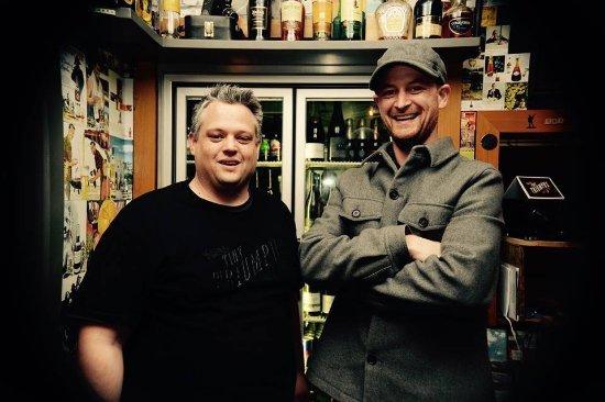 Devonport, نيوزيلندا: The boys, Matt and Mike