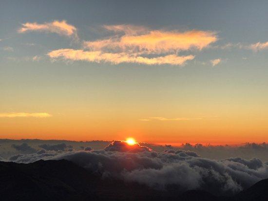 Kula, HI: Sunset, march 27th, 6:14am