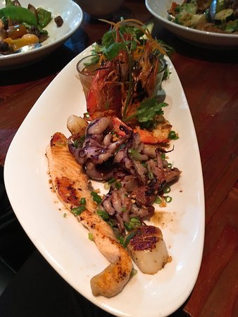 Neutral Bay, Australien: Grilled seafood!