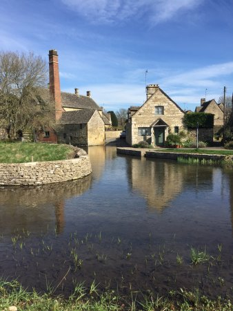 Lower Slaughter, UK: Beautiful spring morning