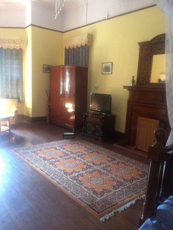Balrampur House: photo6.jpg
