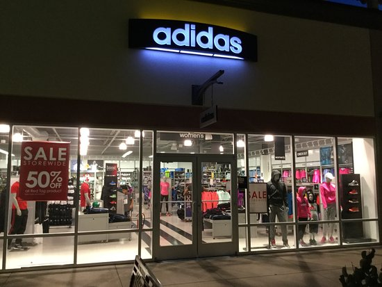 adidas outlet windsor