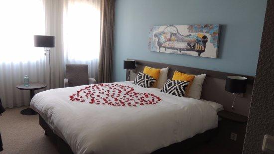 Superior kamer, met kleine badkamer - Bild von Golden Tulip Weert ...