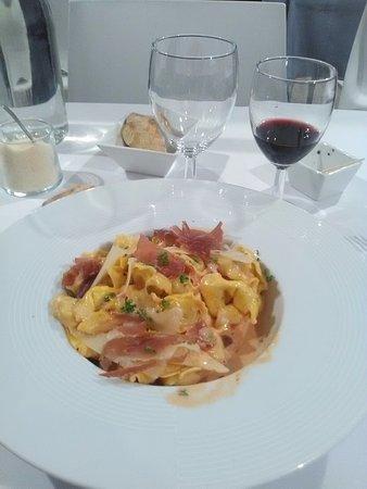 Levallois-Perret, Frankrijk: Pâtes italiennes
