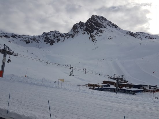 Club Med Tignes Val Claret : vue depuis la terasse du club