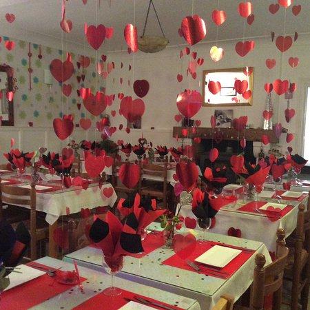 Vieux-Mareuil, France: Valentines romantic Italian dinner
