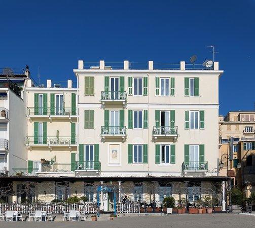 Eden Resort Suites: Updated 2018 Prices & Reviews (Alassio, Italy
