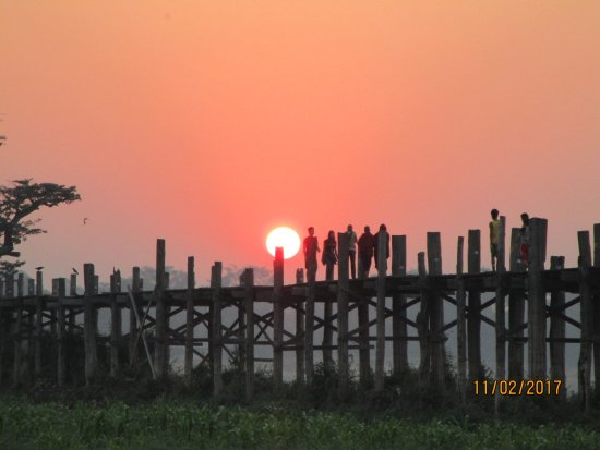 U Bein Bridge Photo