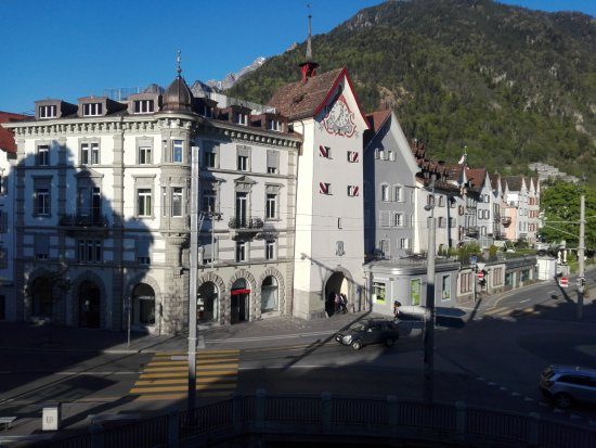 Hotel Chur: afternoon from the room