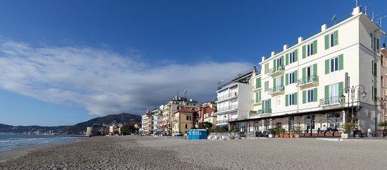 Hotel Eden Bewertungen Fotos Preisvergleich Alassio Italien