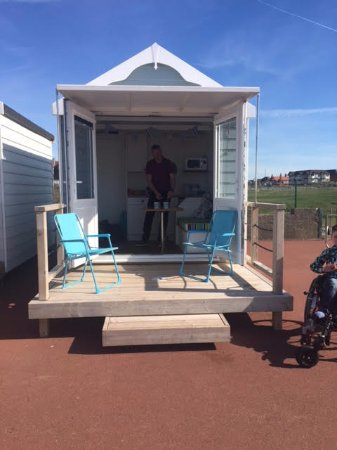Lytham St Annes, UK: Beautiful well equipped beach huts