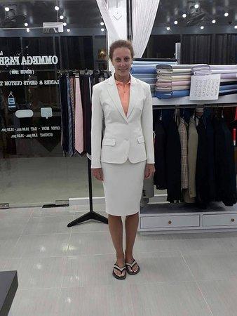 Elegant Off White Colours