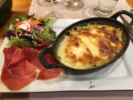 La Croix Saint-Maurice Hotel Restaurant : photo0.jpg