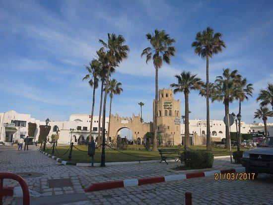Вилайет Тунис, Тунис: entrée de la ville