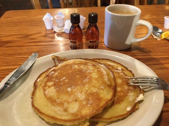 Perrysburg, OH: Hot cakes for breakfast!
