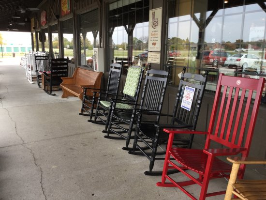 Perrysburg, OH: Rocking chairs.