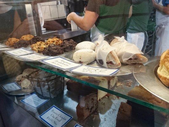 Photo of Restaurant Levain Bakery at 167 W 74th St, New York, NY 10023, United States