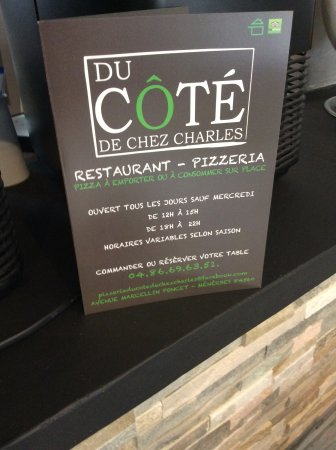 Ménerbes, Francia: Carte des pizzas à emporté