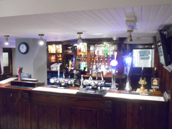 Brighouse, UK: The fully stocked bar has all most desire