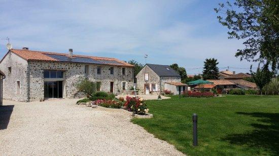 Deux-Sevres, France: Ancienne fermette restaurée