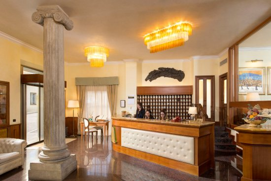 Hotel athena updated 2018 reviews price comparison for Accomodation siena