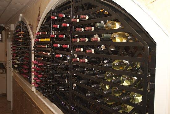 Sandston, VA: Extensive Wine List!