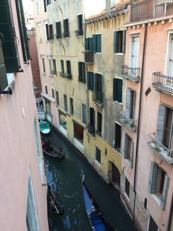 Residence Corte Grimani: View from the bedroom window