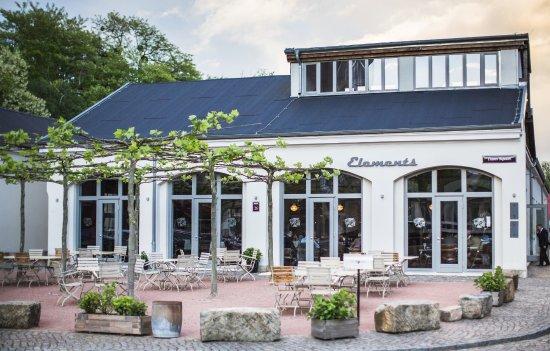 Hochzeitsfeier Elements Deli Restaurant Dresden