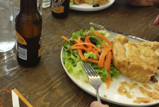 Mount Victoria, Australien: The home made beef pie was a standout