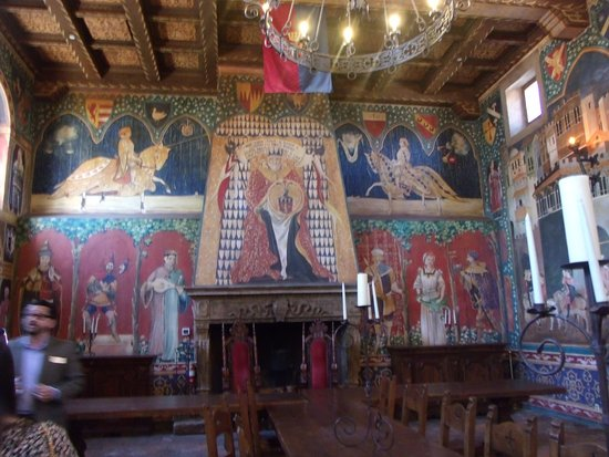 Castello di Amorosa: This is the great hall in the castle.