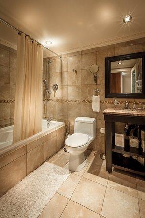 Interior - Picture of Hotel Kutuma, Montreal - Tripadvisor