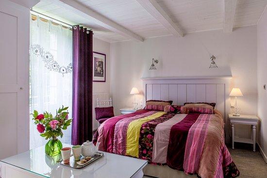 """Boisset, ฝรั่งเศส: une chambre double """"Regain"""", à l'Orée de la Forêt.."""