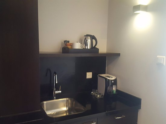 Melody Hotel   Tel Aviv - an Atlas Boutique Hotel: Best hotel espresso machine yet! The room was roomy enough to fit the requested ironing board.
