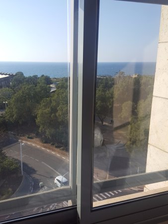 Melody Hotel   Tel Aviv - an Atlas Boutique Hotel: The beautiful park!