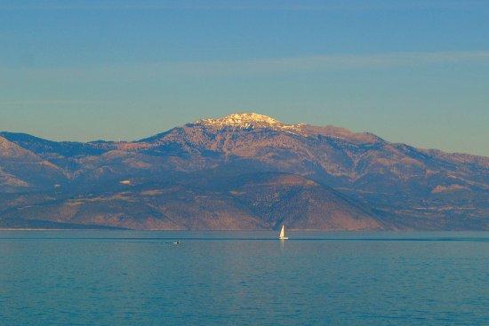 Melissi, Grèce : Η θέα του Κορινθιακού απ' το Μελίσσι.