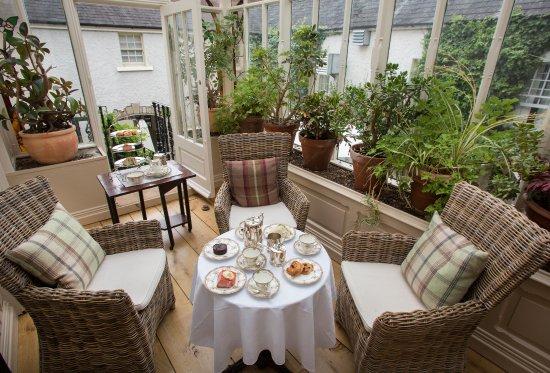 Clonmel, Irland: Conservatory overlooking the Medditeranean style courtyard
