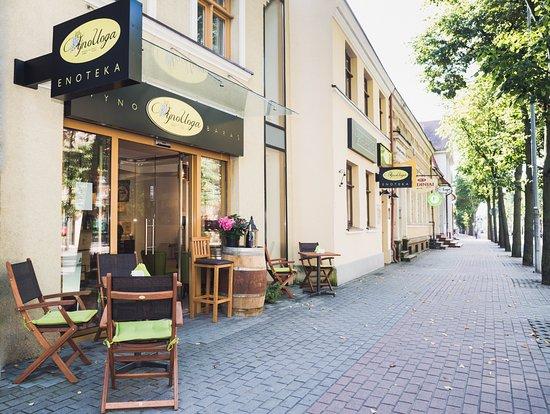 "VYNO UOGA, Wine and Garden Restaurant, Shop: Wine and Garden Restaurant ""Vyno uoga"""