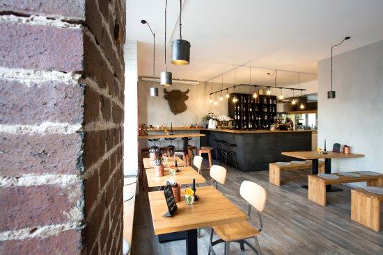 Marktredwitz, Germany: BAROS Burger - Gastraum und Bar