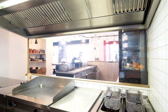 Marktredwitz, Germany: BAROS Burger - Küche