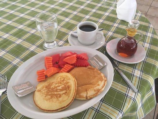 Hotel Pasabien: Desayuno.