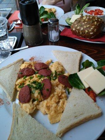 Cafe Phono