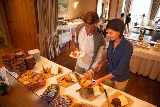 Restaurant Belvedere Grindelwald: Breakfast / Frühstück